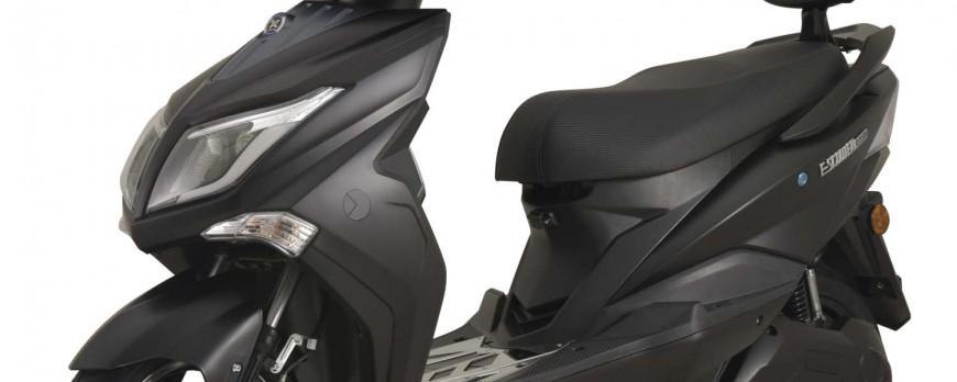 Auch Autofahrer dürfen künftig unter Auflagen 125er Elektro-Motorräder fahren ohne einen speziellen Führerschein zu machen