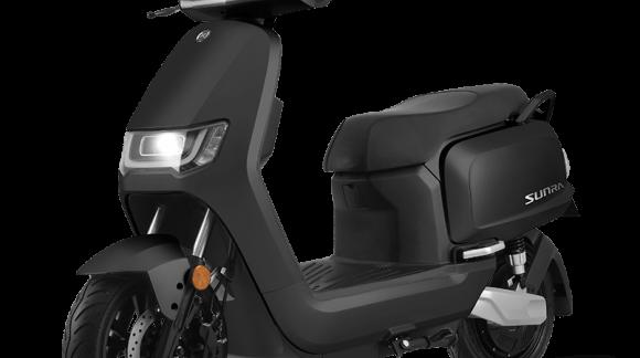 125er Elektro-Motorräder dürfen ohne speziellen Führerschein gefahren werden